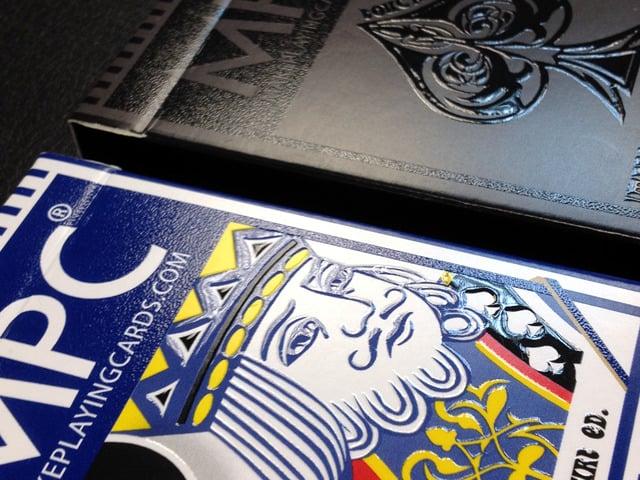 Tuck box close-up